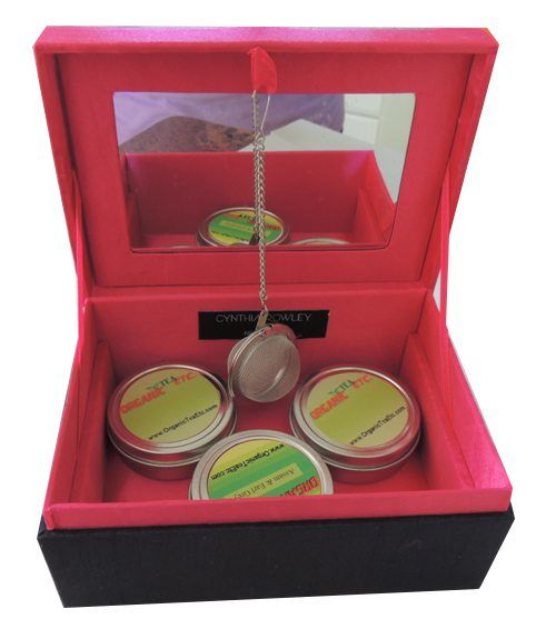 Embroidary Tea gift box inside look