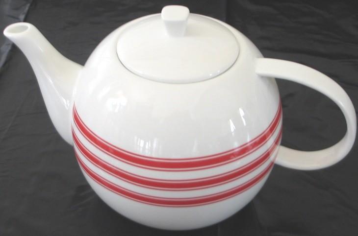 Red white Teapot