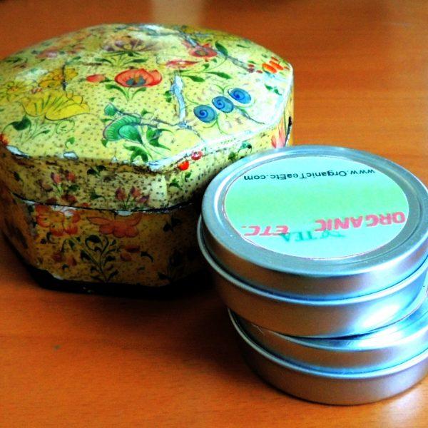 Kashmiri style floral holiday tea gift box